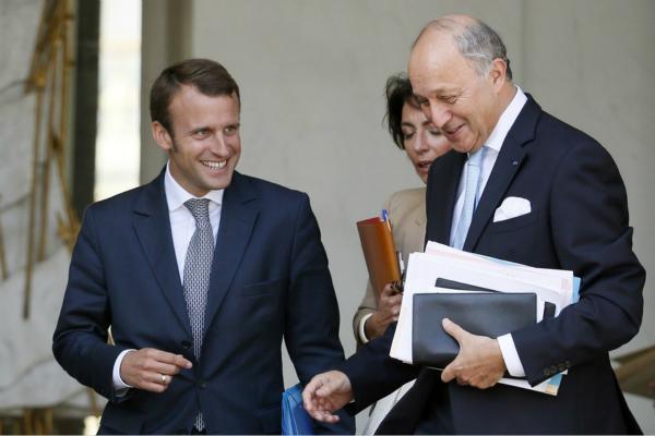 """用公投化解""""黄马甲""""危机? 法国或在数日内决定"""