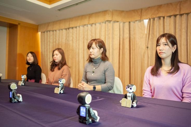 日本推出机器人代理相亲,相亲现场帮你自我介绍