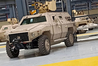 阿尔及利亚首次接收国产轻型轮式装甲车
