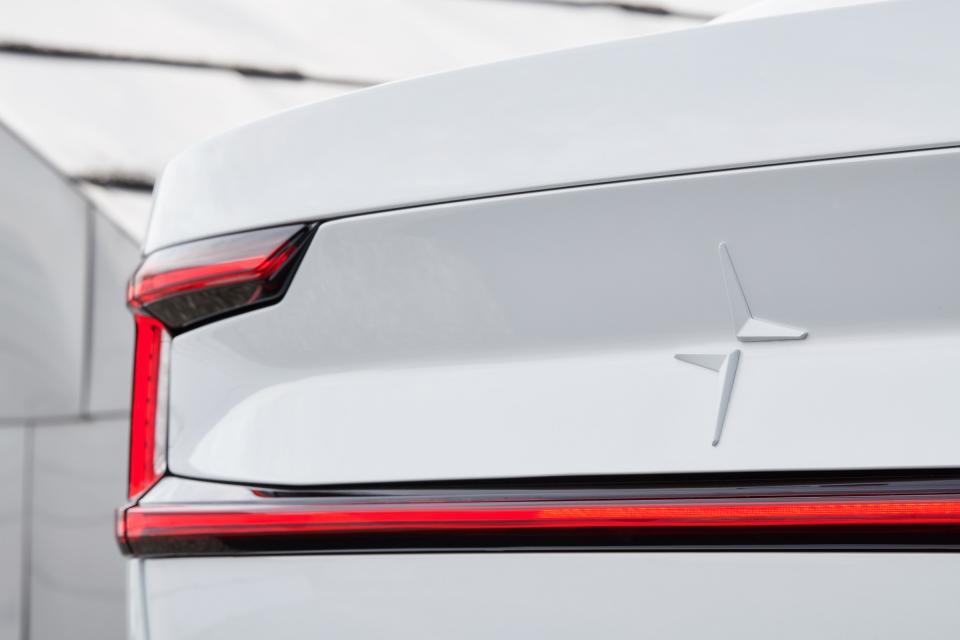 Polestar 2最新预告发布 将于日内瓦车展首秀