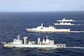 驱逐舰领衔 中国海军4艘军舰组舰队太平洋训练