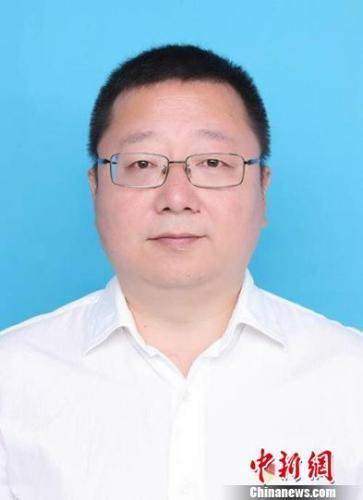 元方当选为四川省绵阳市人民政府市长