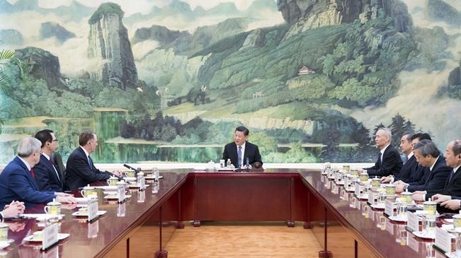 习近平会见美国贸易代表和财政部长