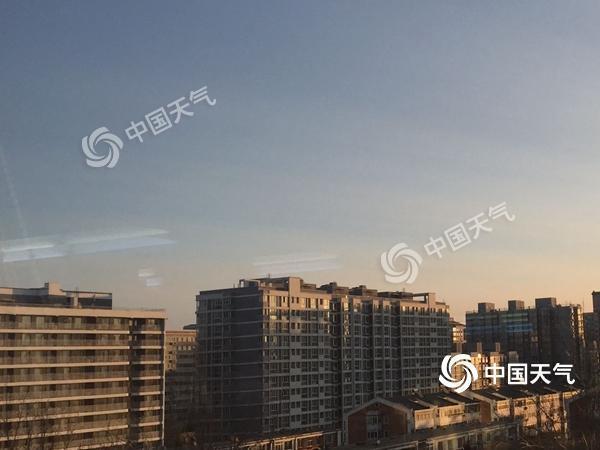 道路结冰和大风预警中!北京天转晴北风急最高温2℃