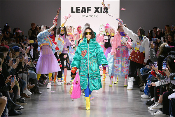 "LEAF XIA于纽约时装周发布AW19系列""Face the Fear with Love"""
