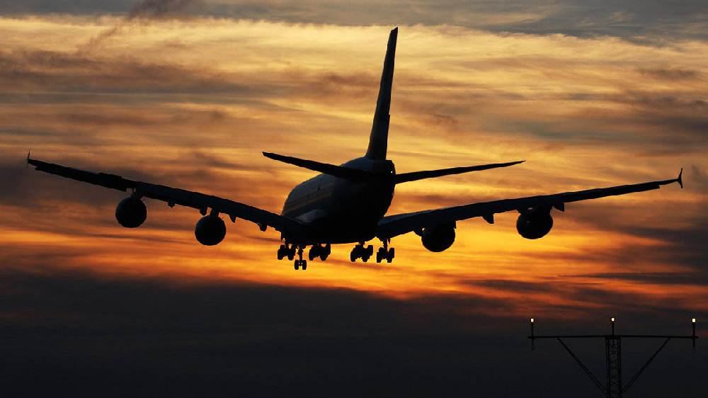 """A380订单量不足 空客""""巨无霸""""豪赌为何失败?"""