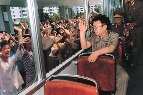 【精彩图片展】朝鲜庆祝光明星节