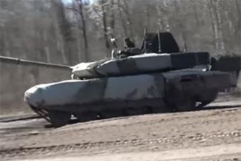 俄展示最新T90M坦克 换装全新炮塔今年将交付