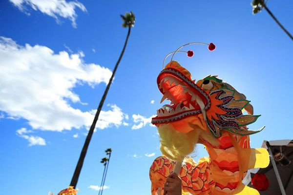洛杉矶圣阿妮塔公园举行中国新年庆祝活动