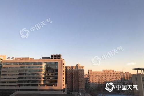 北京周日蓝天相伴宜出行 下周升温继续最低温10℃左右