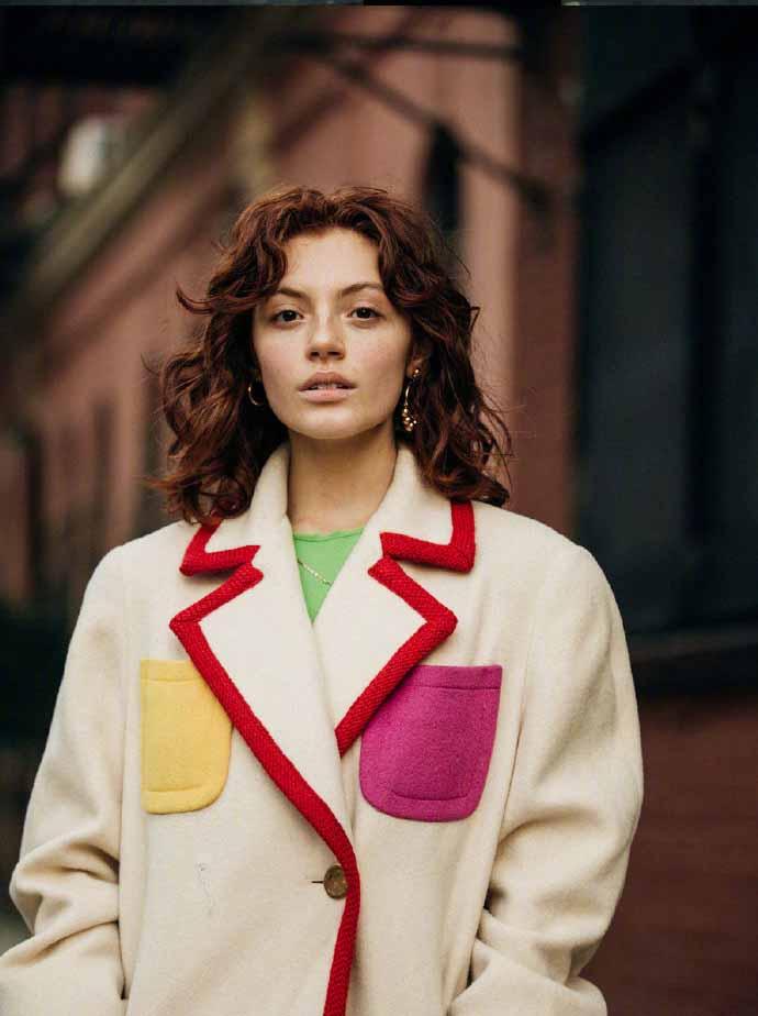 纽约时装周街头的穿衣风格 亮眼的印花与多样材质