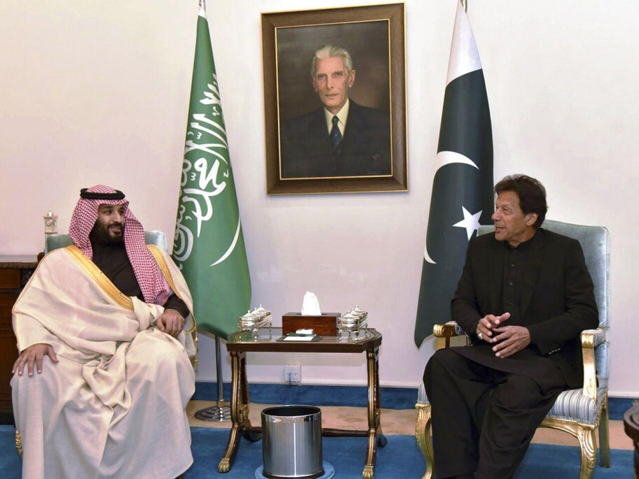 沙特王储出访亚洲三国第一站:与巴基斯坦签价值200亿美元投资协议