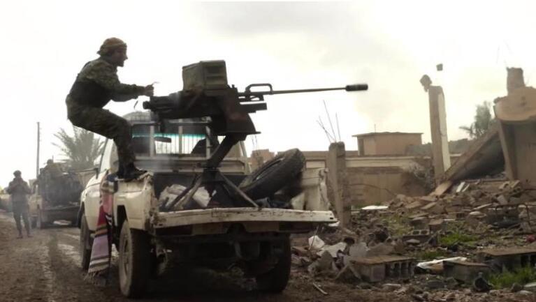 美军官:超1000名IS成员从叙利亚逃往伊拉克,带着两亿美元现金!