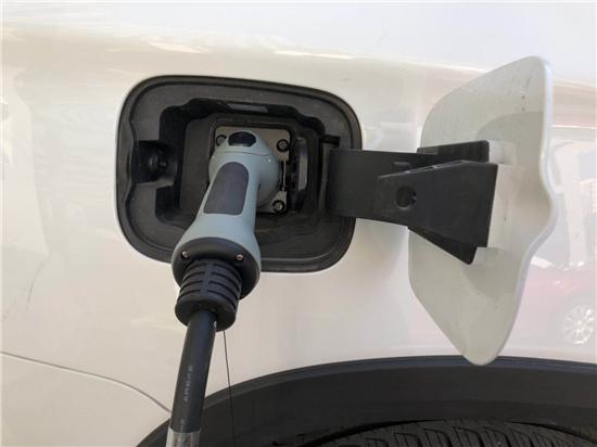 新能源车已进入价格下行区间 业内称涨价是短期现象
