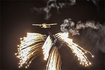 印度举行大规模空军演习展示空军作战能力