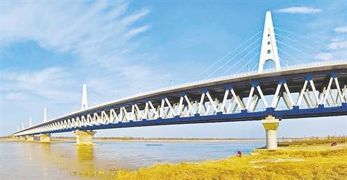 现在终于明白了 中国高铁为何大多架在桥上