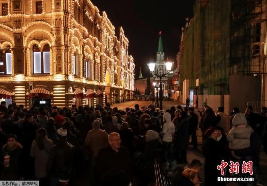 莫斯科多所商场学校收到匿名炸弹威胁 警方排查