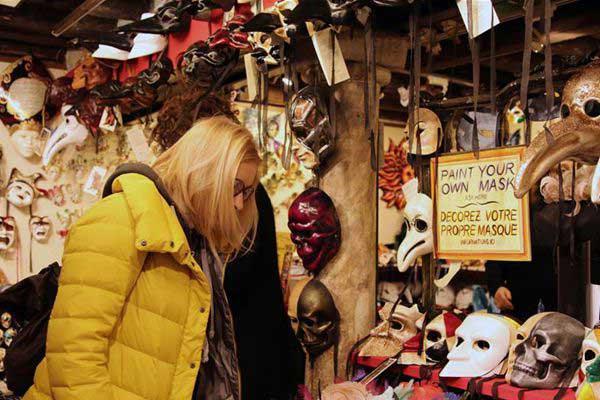 威尼斯狂欢节上探秘威尼斯面具