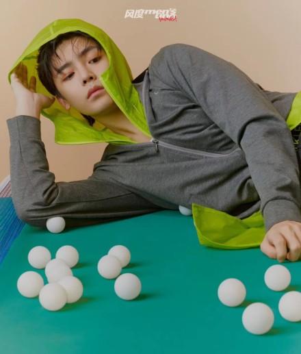 百变乒乓少年侯明昊 运动时尚青春风度扑面而来
