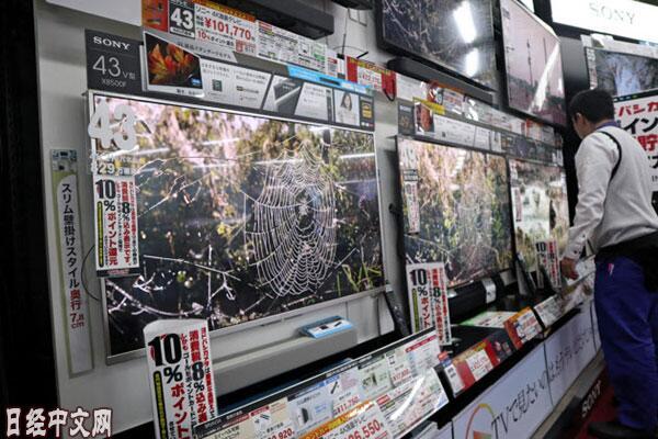 中国厂商持续增产 液晶面板1年降价4成