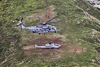 美军最大直升机将二手武直调往无人岛靶场