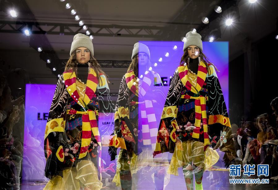 中国设计师夏乙旗作品亮相纽约时装周