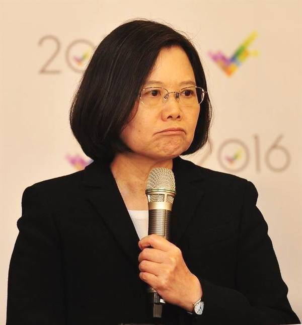 台湾2020选举最新民调公布 韩国瑜支持率35.1%狠甩蔡英文