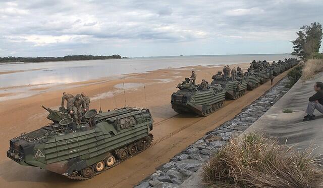 冲绳边野古沿岸地区驻日美军大搞军事训练,当地民众怨声载道