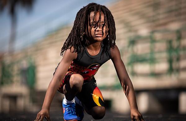 美7岁男孩百米仅用13.48秒 梦想超越博尔特