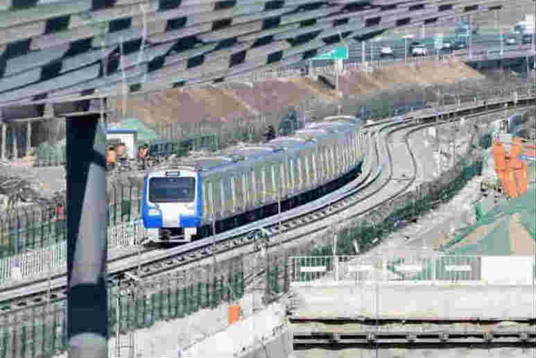 探访京张高铁清河站