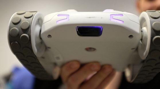 开发BB-8的玩具厂推出百变模块机器人 激发创造力