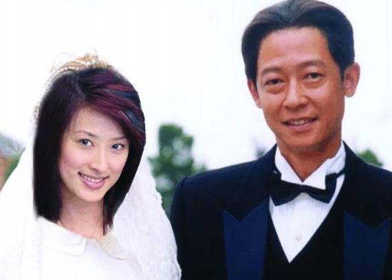 51岁王志文妻子陈坚红近照, 原来王志文每天面对这样的女人