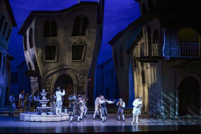 《塞维利亚理发师》四轮演出再获成功 西班牙风情十足 高难度唱段大赞