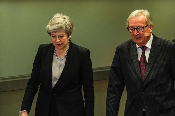 英国首相特雷莎·梅到访欧盟委员会