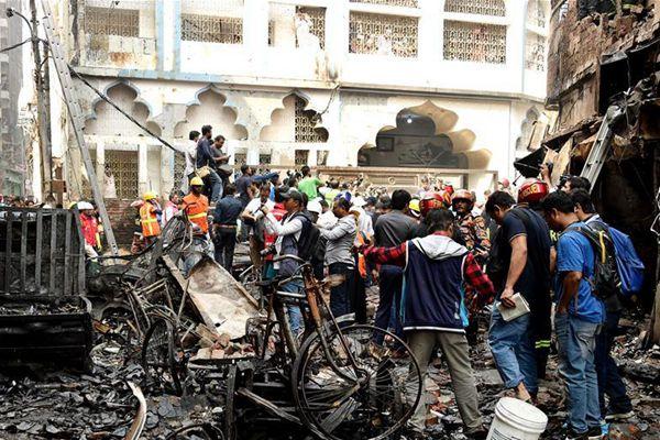 孟加拉国首都火灾导致至少81人丧生 数十人伤