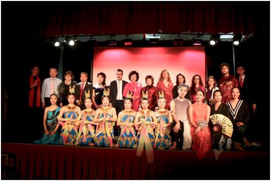 奉献爱心分享喜悦  枫丹白露大区埃利希新春艺术节成功举办