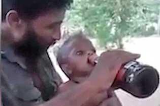 斯里兰卡一男子给一岁儿子灌啤酒被逮捕