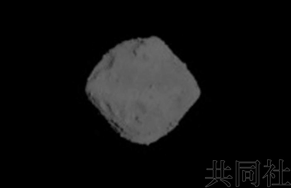 """日本""""隼鸟2号""""探测器在小行星""""龙宫""""着陆"""