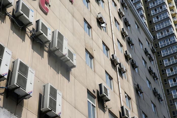 日本人把空调外机放在家里 好处原来这么多