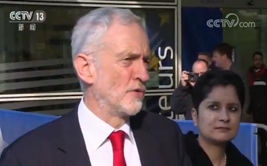 英国最大反对党领袖:特雷莎・梅必须改变策略
