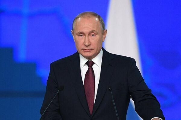 普京:可与俄前沿武器相提并论的同类产品相当长时间不会问世