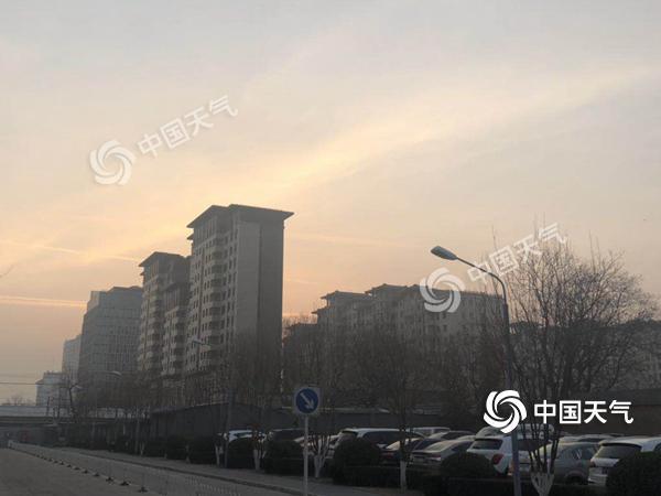 北京空气质量状况达重度污染 今明天弱冷空气来袭