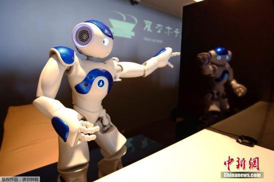 日本高台寺推出智能机器人观音:会合掌 能讲经