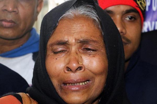 印度再发生假酒中毒事件 造成逾90人死亡