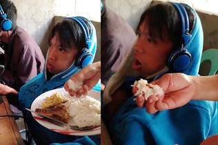 菲律宾男孩着迷游戏 网吧坐48小时靠妈妈喂饭
