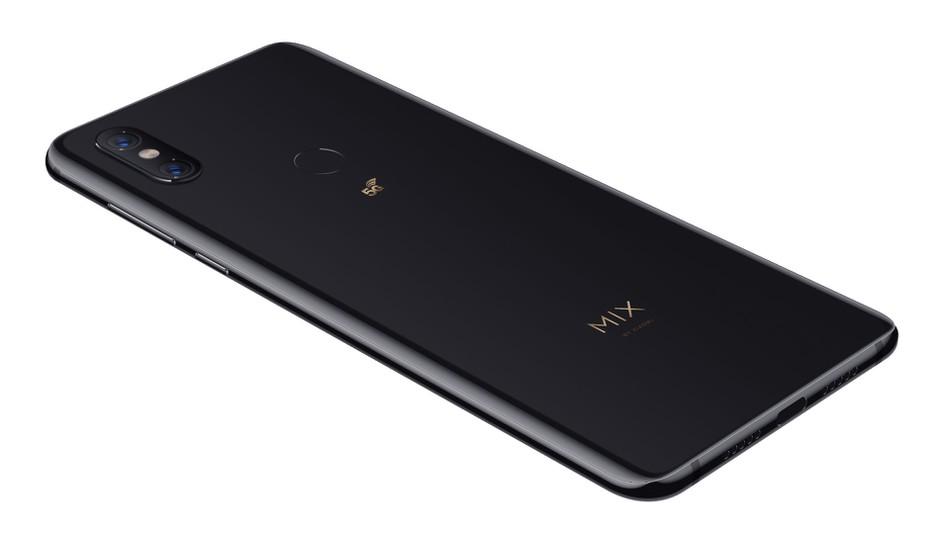 """小米发布首款5G手机 美媒:""""杀手锏""""是价格"""