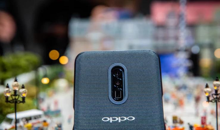 OPPO上半年将推5G手机:配备10倍无损变焦镜头