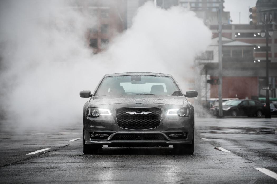 特斯拉/克莱斯勒回应《消费者报告》 称车辆已改进
