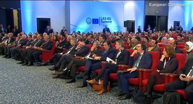 [外汇]欧盟主席接老婆电话:演讲过程被打断后致歉