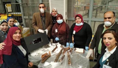 埃及文物部:木乃伊走私者试图将遗骸藏在扬声器内